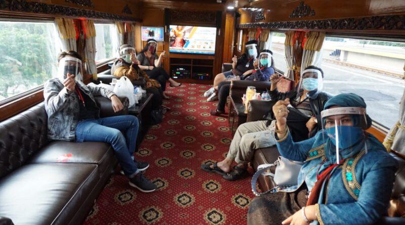 Yuk Traveling di Pulau Jawa Naik Kereta Wisata